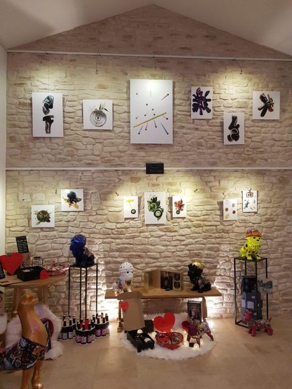 Galerie expo Sylvain Humbert mur de pierre