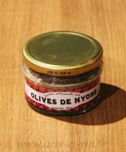 Pot de Terrine aux Olives de Nyons 130g Maison Telme sur une table en bois